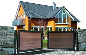 Algunos de los modelos de puerta de garaje batiente que también personalizamos