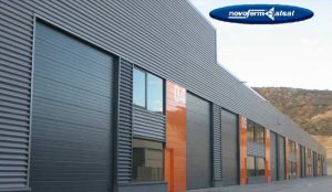 Puerta de garaje industrial seccional ISD2